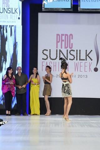 Sana Safinaz Collection At PFDC Sunsilk Fashion Week 2013 0023