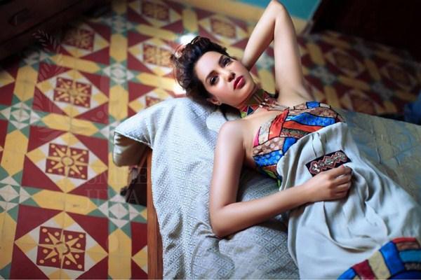 Pakistani Model Saima Azhar Biography 005