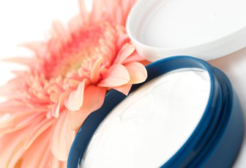 How to Moisturize your skin Perfectly