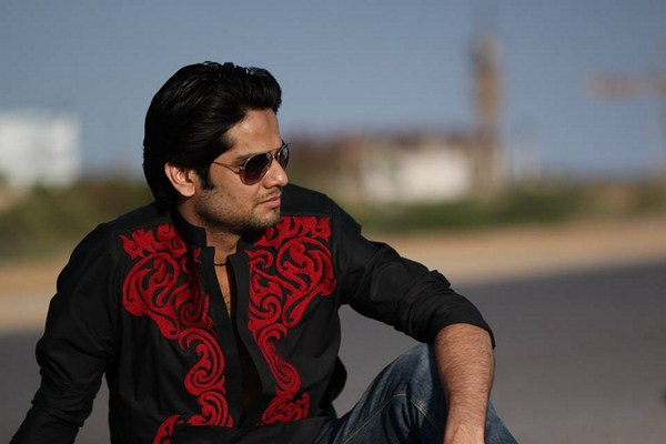 Hassan Waheed Winter Dresses 2013-2014 For Men 002
