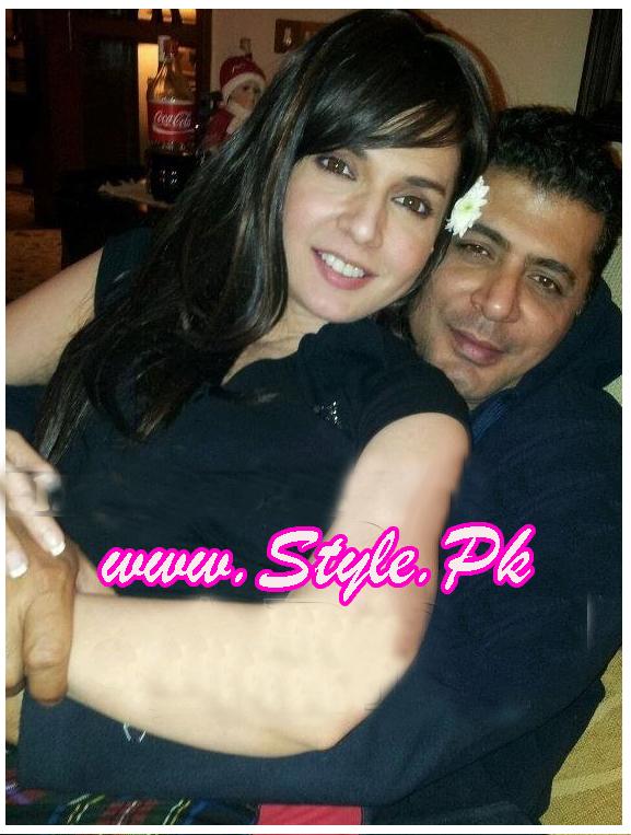 Mahnoor baloch 43rd birthday pics 03
