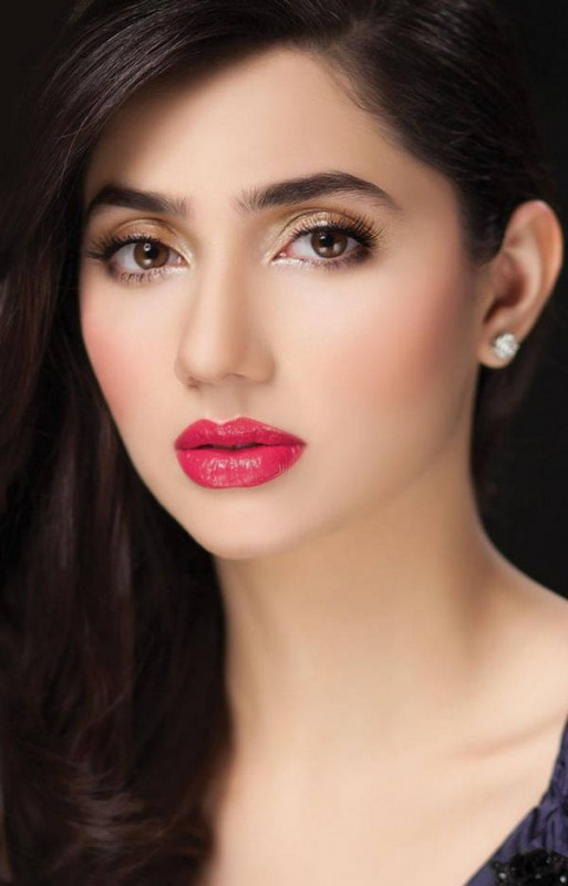 5 popular pak VJs who turned to Successful Actresses 01