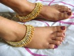 Pretty Anklets for Girls and Women