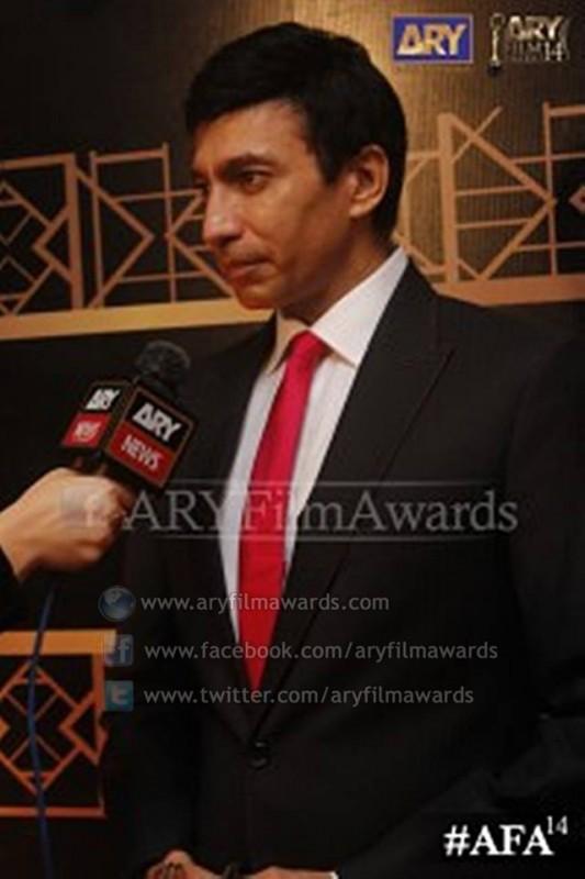 Elegant Aijaz Aslam at the red carpet of #AFA14