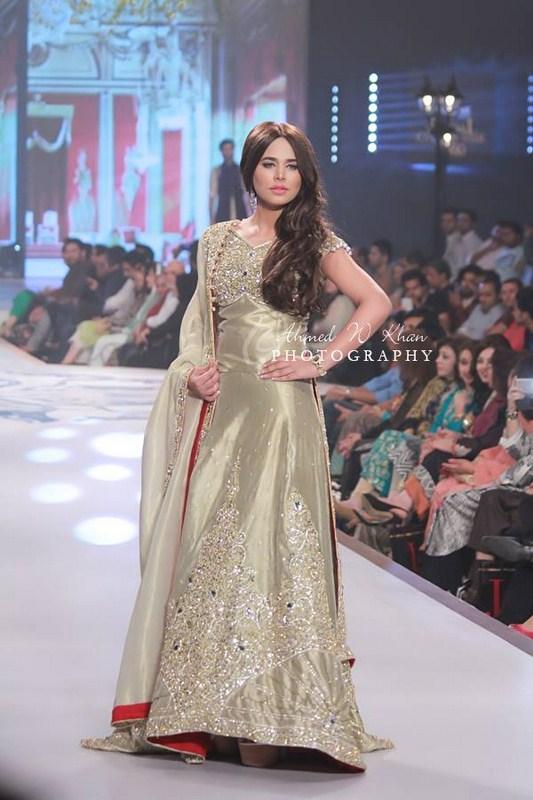 Mansoor Akram Collection At Pantene Bridal Couture Week 2014 006