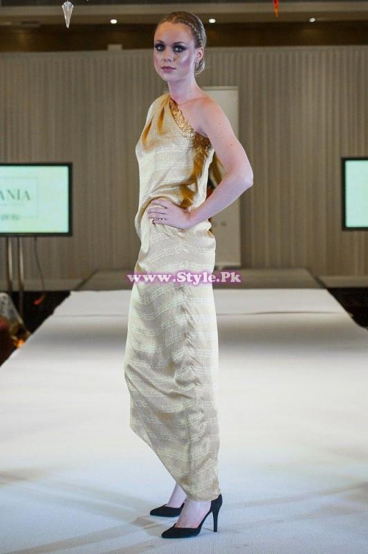Sania Maskatiya showcase in London at Faisana Fashion Weekend 001