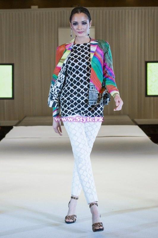 Sania Maskatiya showcase in London at Faisana Fashion Weekend 002