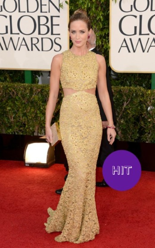 What Hollywood Celebrities Like To Wear In Shows 02