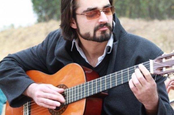 Hamza Ali Abbasi Profile And Pictures 09