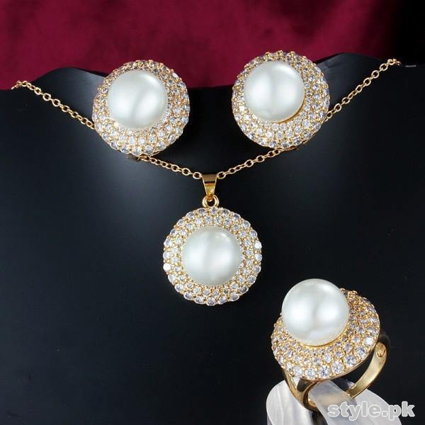 Fashionable Jewellery Designs 2014 For Parties 3