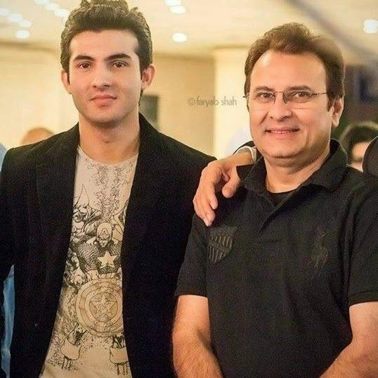 Shehroz Sabzwari with father