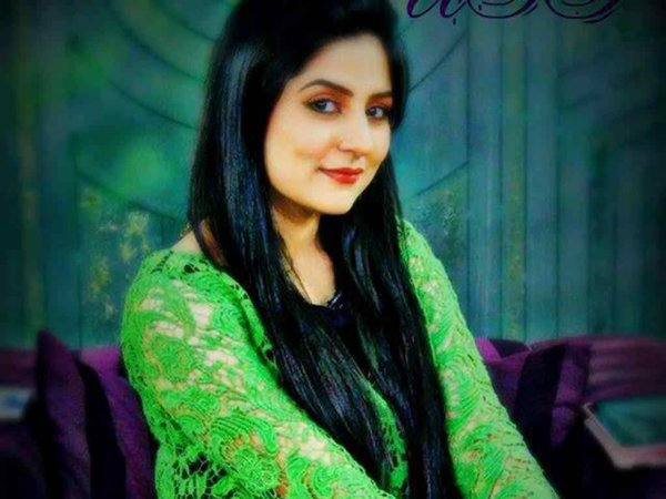 Top 5 Highest Paid Pakistani Actresses In 2015 004