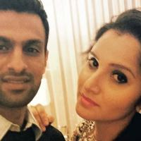 Is Sania Mirza Pregnant - Shoaib Malik Finally Disclosed The News