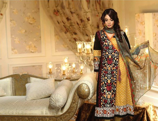 Ayesha Chottani Eid Collection 2015 By Shariq Textiles009