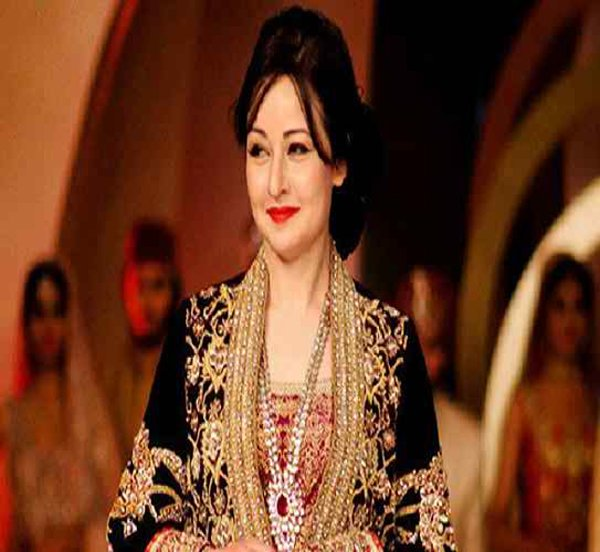 Which Pakistani Actresses Don't Look Their Real Age003