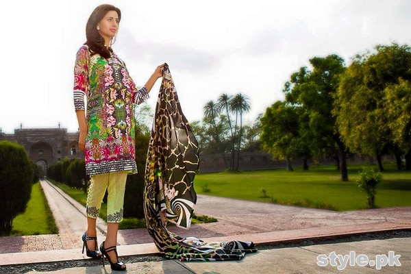 Asifa and Nabeel Lawn Dresses 2015 For Women 3