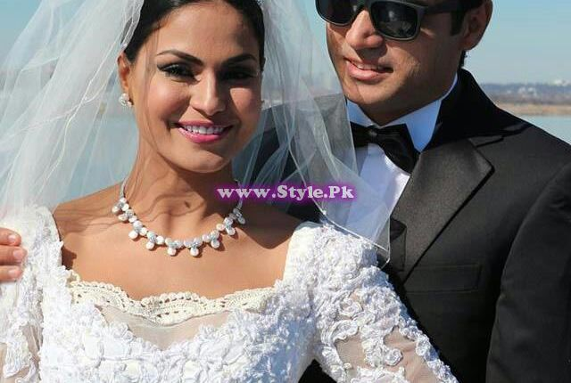 See Pakistani Celebrities who didn't wear red color on their wedding day