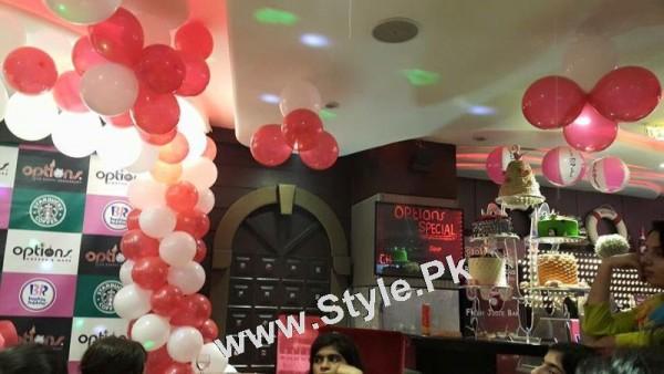 Film Star Saima Noor's Birthday Celebrations (15)