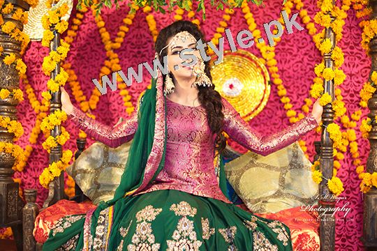 Mehndi outfits 2015 to wear on your big day (5)