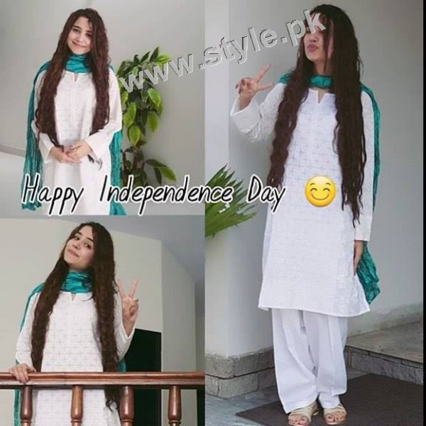 Pakistani Celebrities on Independence Day 2015 (19)