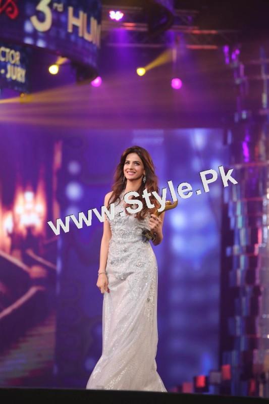 Pakistani Celebrities who are tall (3)