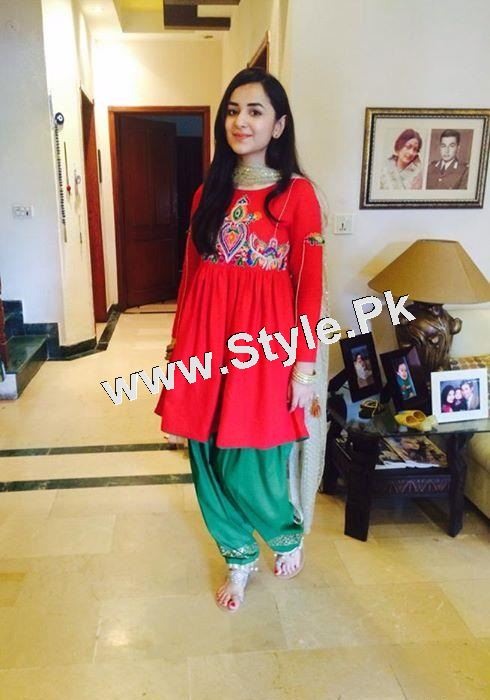 Pakistani Celebrities who seem to have short height (5)