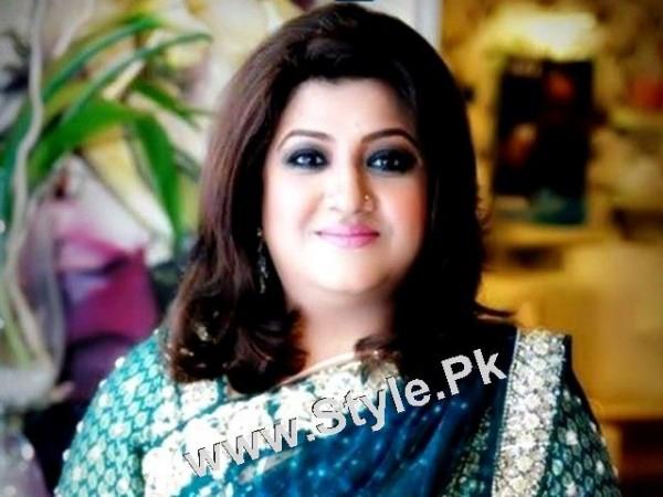 Pakistani Celebrities who were Poor before entering into Showbiz (4)