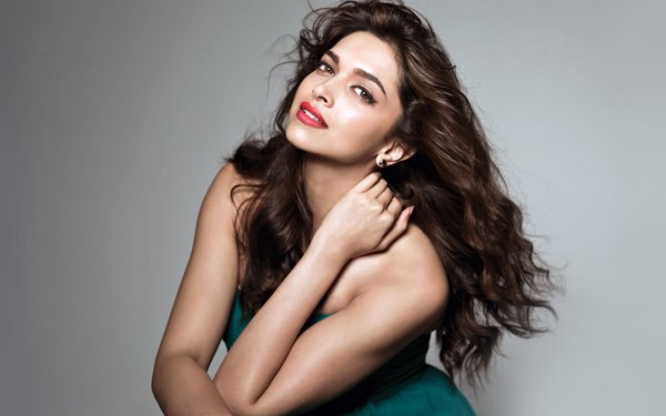 Ranking Of Bollywood Actresses In 2015001