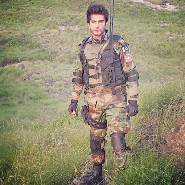 Imran Abbasi is going to pay tribute to Pakistan Air Force (4)