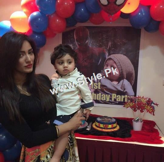 Mathira Celebrating her son's first Birthday (4)