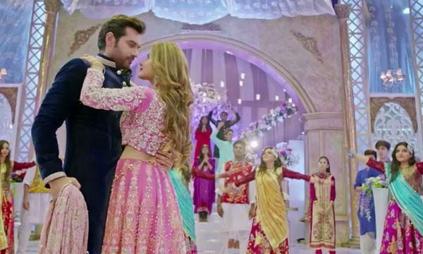 Reasons to Watch Jawani Phir Nahi Ani (6)