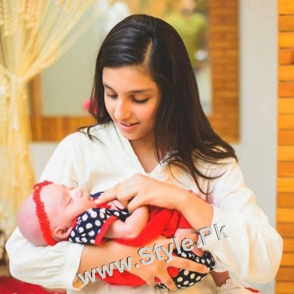Hoorain Taimoor's Complete Photo Album (15)