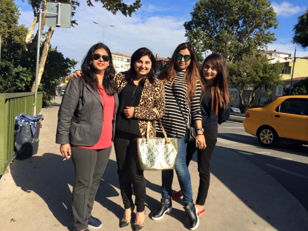 Pictures of Javeria Saud on Istanbul Tour (5)