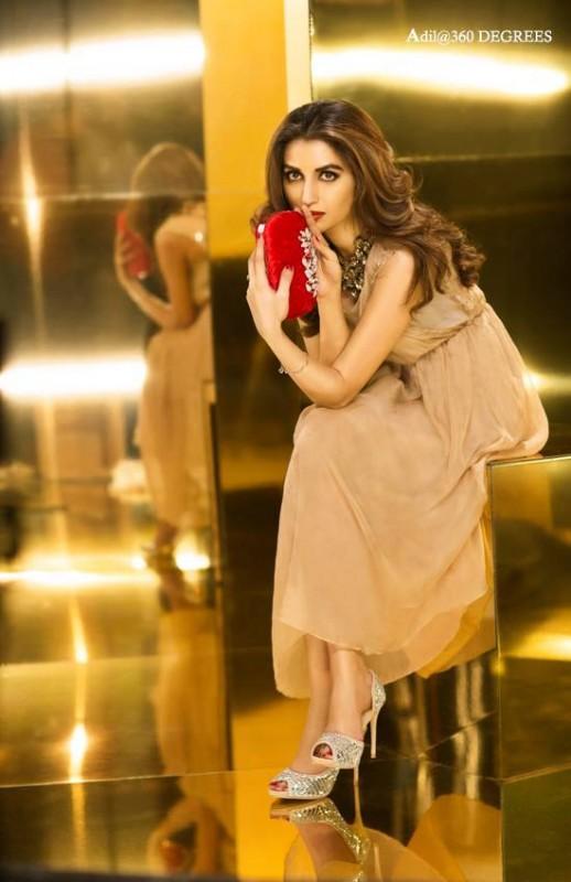 Iman Ali's Photoshoot for Metro Shoes (4)
