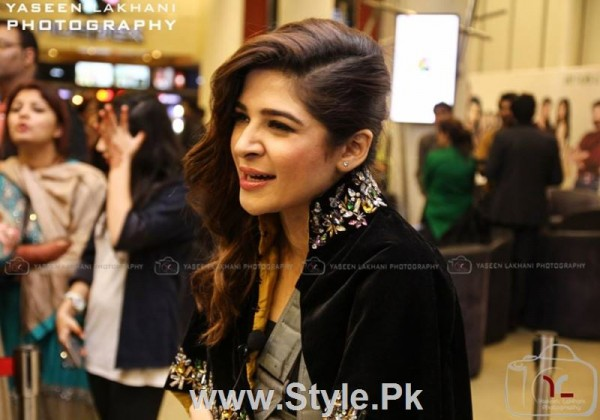 First Appearance of Ayesha Omar after accident (3)