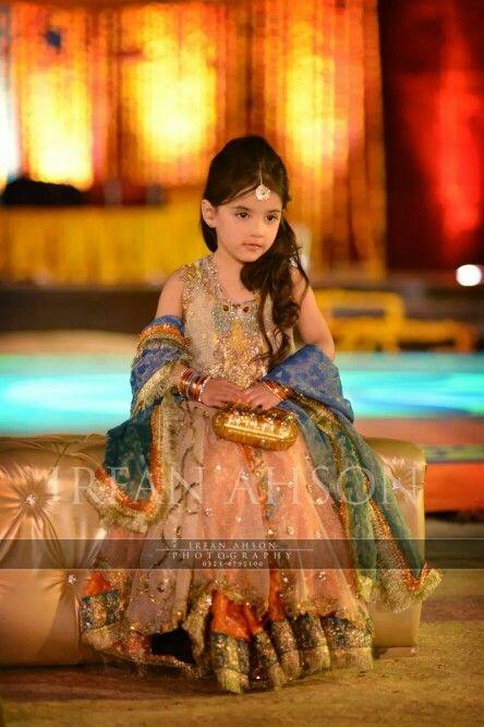 Kids Fancy dresses 2016 in Pakistan-golden
