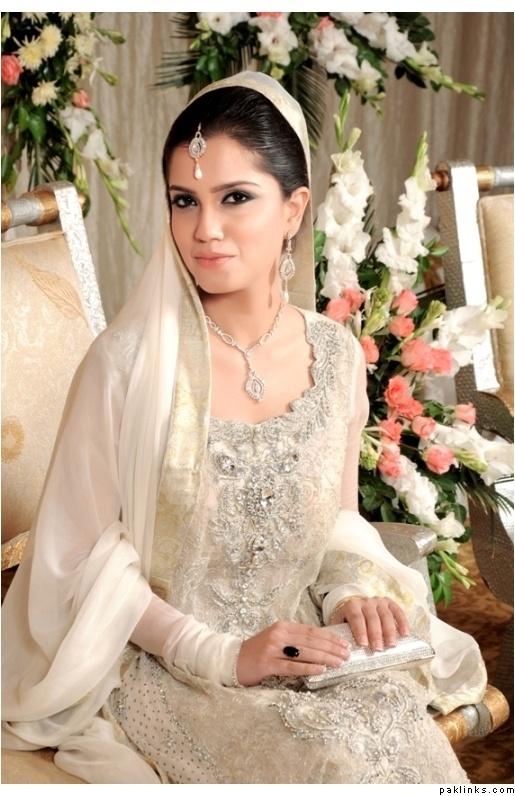 Pakistabi Bride in White- 3