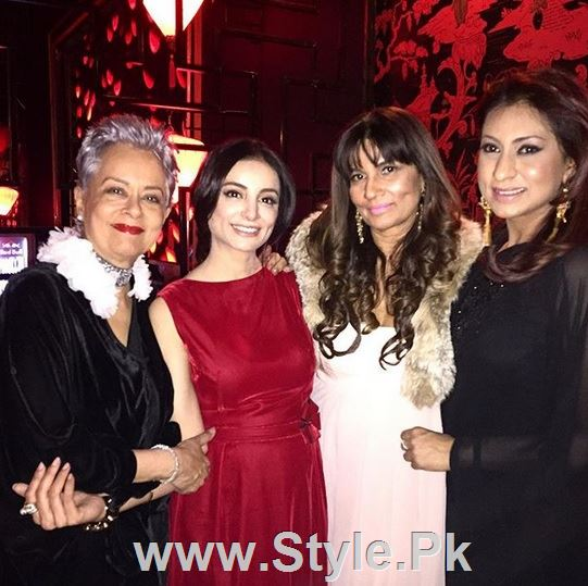 Pictures of Pakistani Celebrities on New year's Eve (18)