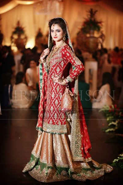 Red Bridal Lehengas Trends 2016 For Women007