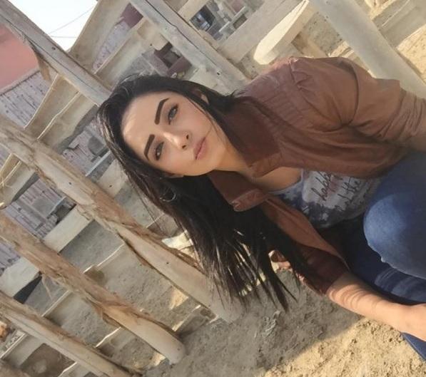Sanam Chauhdry at Hawksbay Beach Karachi- cool