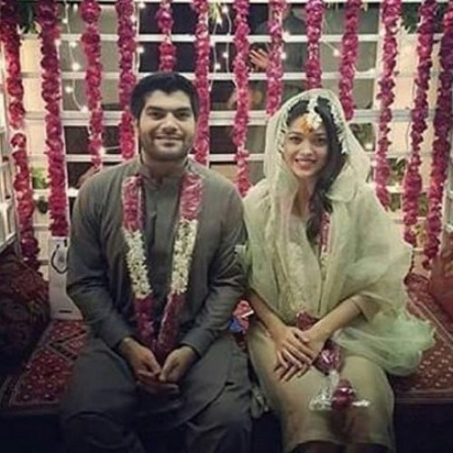 Sanam Jung dholki pictures with husband