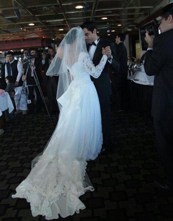 Veena Malik's White Wedding dress (5)