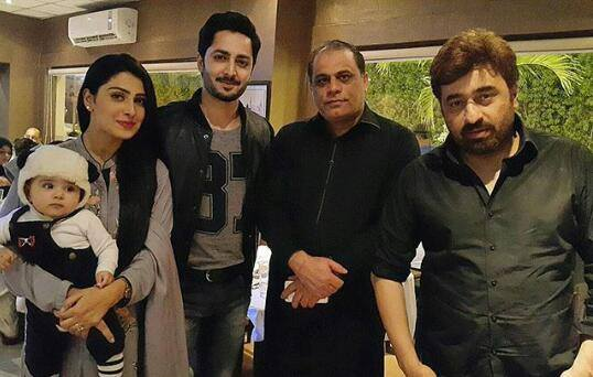 Yasir Nawaz arranged Birthday dinner for Ayeza Khan (2)