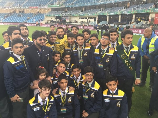 Javed Afridi with APS zalmi on the great win. afridi