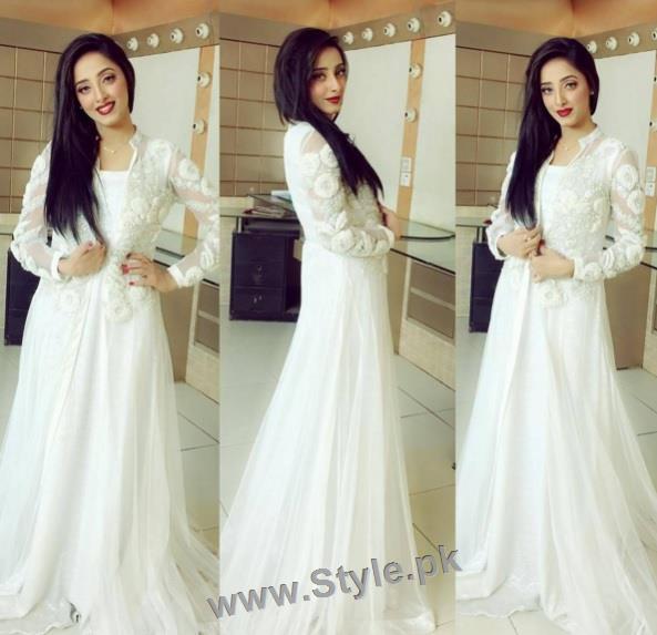 Pakistani Celebrities celebrating Valentines day (12)