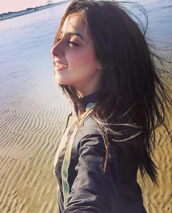 Sanam Chaudhry latest beach picture
