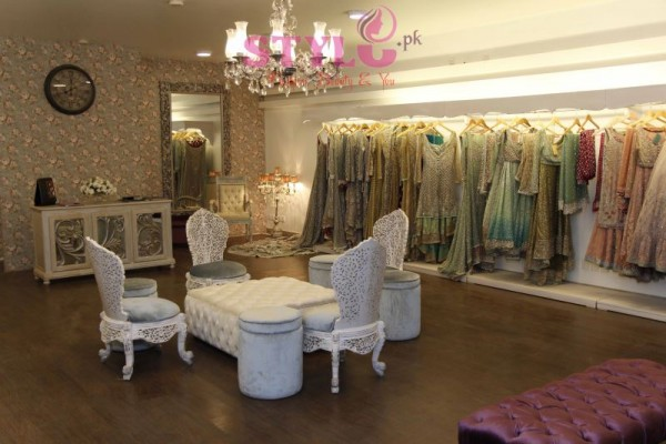 Zainab Chottani flagship store Display Pictures