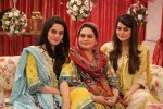 aiman khan minal khan mother
