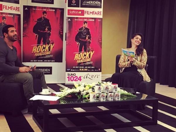 John Abraham with Sanam Jung in Jago Pakistan Jago (2)