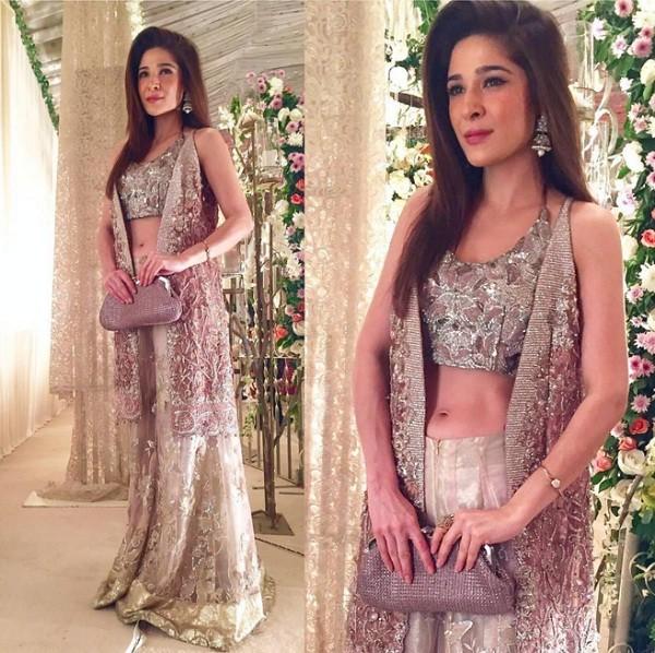 ayesha omer beautiful dress